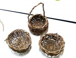 アケビ編み2